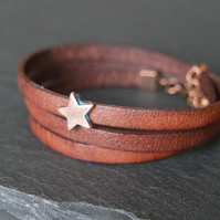 Leather wrap bracelet - Star charm brown copper patina-blue