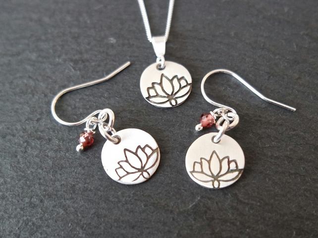 Louts Flower Garnet Silver Set Earring and Necklace - Sterling Silver Gemstone