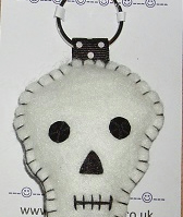 Skull White Felt Key Ring Large