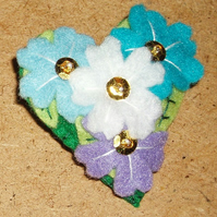 Multi Flower in Blues Felt Brooch Small Heart