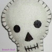 Halloween Skull White Felt Brooch Large