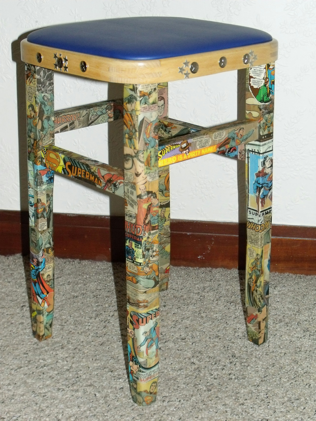 Original SUPERMAN Comic Decoupage 1960s ViNtAgE Wood Stool Chair
