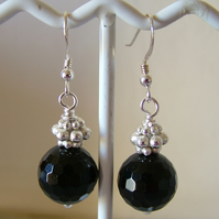 BLACK AGATE AND SILVER DANGLE EARRINGS- - FREE SHIPPING WORLDWIDE