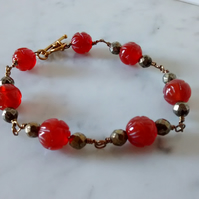 RED AGATE BRACELET - FLOWER CARVED BRACELET - WIRE - FREE SHIPPING WORLDWIDE