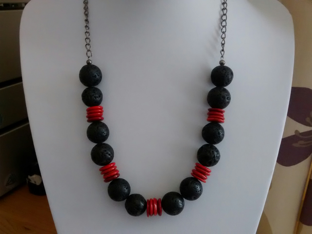 BLACK LAVA AND RED MAGNASITE NECKLACE - LAVA NECKLACE  - FREE SHIPPING WORLDWIDE