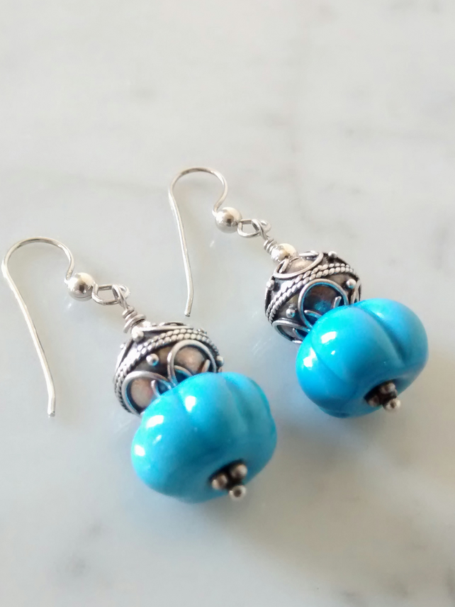MANCUNIAN AND STERLING SILVER DANGLING  EARRINGS - - FREE SHIPPING WORLDWIDE