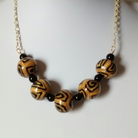GOLD AND BLACK POLYMER CLAY NECKLACE - CHRISTMAS GIFT - FREE SHIPPING WORLDWIDE
