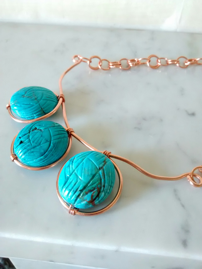 BLUE MAGNESITE PEBBLE AND COPPER NECKLACE - FREE SHIPPING WORLDWIDE