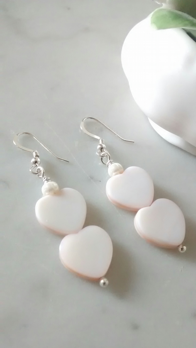 PINK  SHELL EARRINGS-  HEART EARRINGS - VALENTINE'S DAY GIFT -  FREE SHIPPING