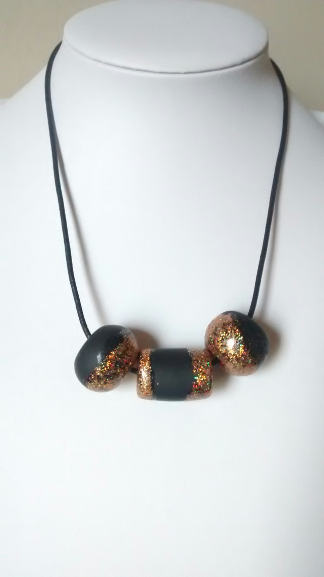 BLACK AND GOLD GLITTER POLYMER CLAY NECKLACE - HOLIDAY JEWELLERY - FREE SHIPPING