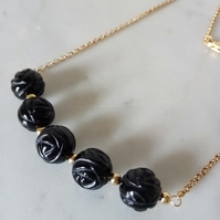 BLACK AGATE CARVED ROSE  FLOWER NECKLACE - FREE SHIPPING WORLDWIDE