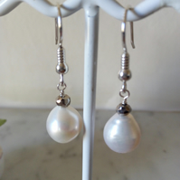 CULTURED PEARL EARRINGS - WEDDING - BRIDE -  PEARL EARRINGS -  FREE UK POSTAGE