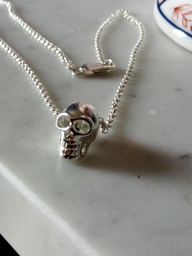SKULL NECKLACE - SILVER NECKLACE- -  FREE UK SHIPPING