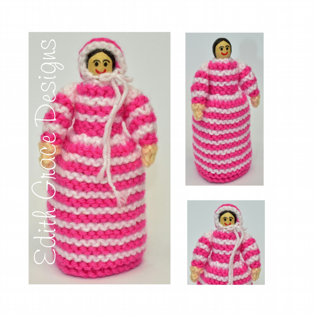 Knit Doll - Beginners Knitting Pattern - Victorian Peg Doll