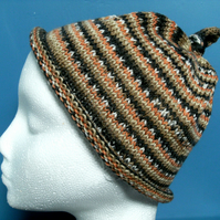 MARCH SALE! Handknit CHILDRENS 6-10 KNOTTY TOP BEANIE Stripey Orange & Black