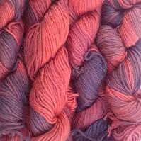 Hand-dyed  BAMBOO WOOL DK 200g purple coral