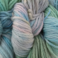 Hand-dyed 100% MERINO WOOL SUPERCHUNKY 100g Pastel Perfect