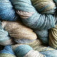 90g Hand-dyed Falklands Corridale Wool 2ply 4ply weight Teal Moss