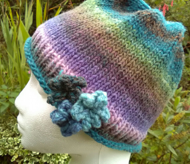Handknit Noro 3-flowered Roll up Beanie Hat 100% wool Wisteria pastels Medium