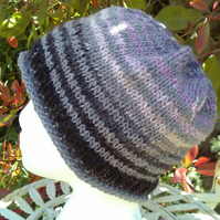 Handknit Noro Roll up Beanie Hat 100% wool Black Lavender Grey Medium