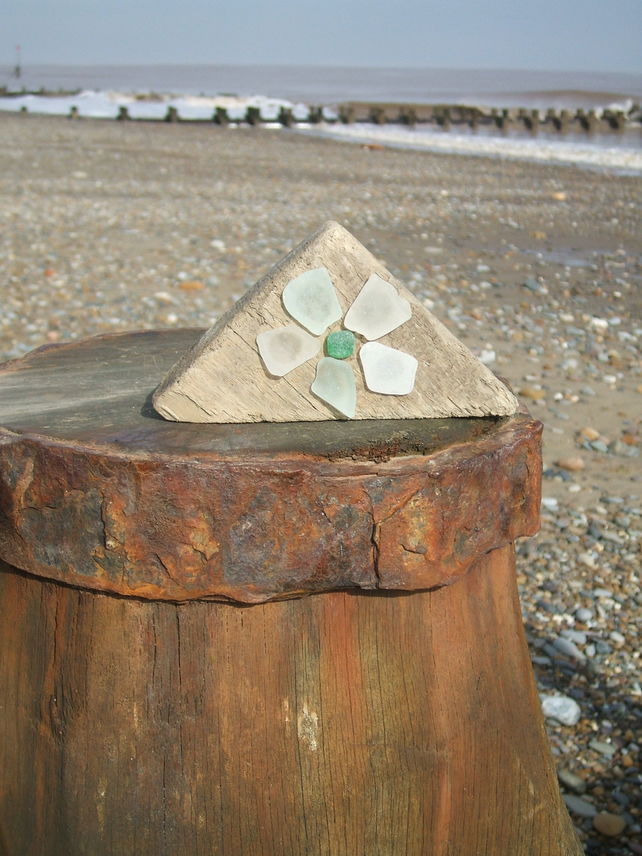 seaglass and driftwood decoration - triangular flower