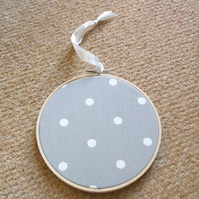 hoop picture - grey and white spot fabric