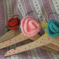 3 wooden children's coat hangers - spotty with flower decoration