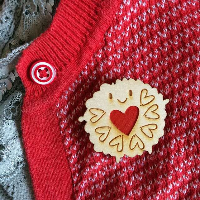 Hand Painted Jammie Dodger Wooden Brooch