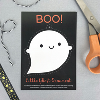 Kawaii Ghost Ornament Postcard - Halloween decoration