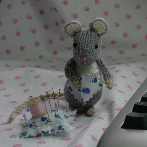 Little Grey Sewing Mouse