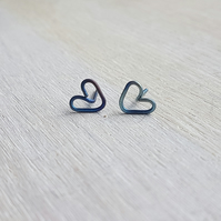 Titanium heart shaped hypoallergenic stud earrings