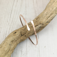 Small adjustable simple copper bangle - Hammered copper bangle - Copper bracelet