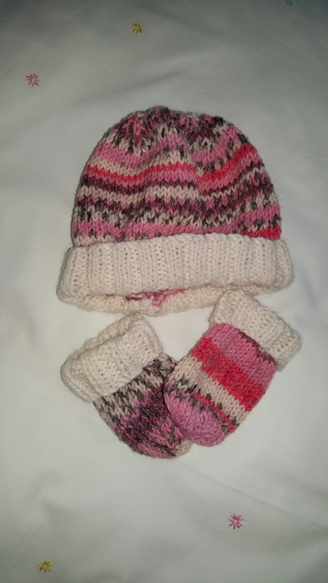 Baby Girls Hat and Mittens Set