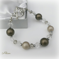 Brown and Taupe Shell Pearl Bracelet, Gift Boxed