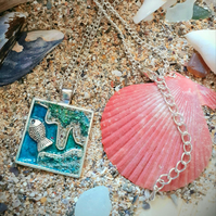 Sand and Sea pendant necklace