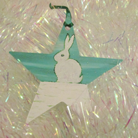 Bunny Rabbit Snow Scene Christmas Star Decoration in Green and White