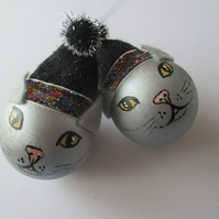 Cat Christmas Bauble Tree Decoration Silver Black Kitten Pussy Xmas x2