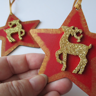 2x Stag Deer Christmas Tree Hanging Decoration Red Gold Star Wood Wooden Glitter
