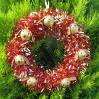 Christmas Wreath Tinsel with Bunny Rabbit Hand Painted Bauble Heads Gold
