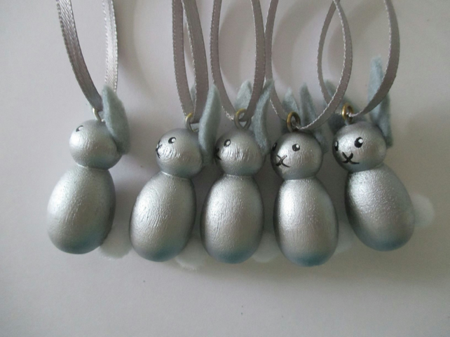 Christmas Tree Decorations Mini Bunny Rabbit Silver Baubles Wreath Garland