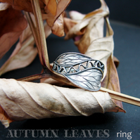 autumn leaves ring, hand engraved in silver