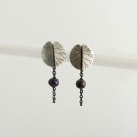 silver lilypads earrings with natural pearls