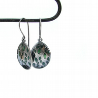 Green leaves earrings in silver with green resin highlights