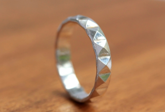 Silver Wedding Ring - Silver Pyramid Band - Silver Pyramid Ring