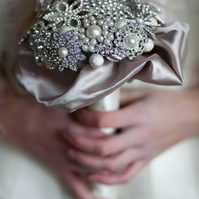 brooch bouquet. custom made to your requirements and colour scheme.