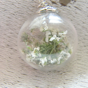 Real Flower White Blossom Necklace