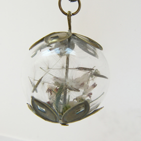 Lucky White Heather and Dandelion Seeds Necklace Pendant  - MAKE A WISH