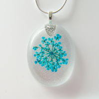 Real Queen Annes Lace Necklace in Resin - SUMMER