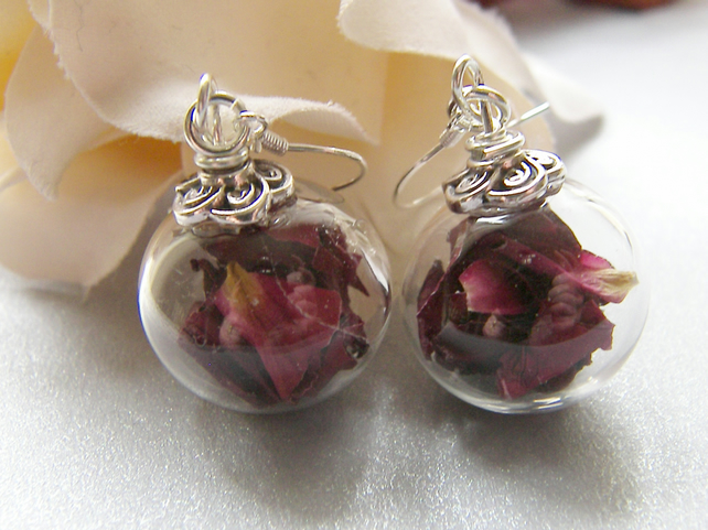 Real Rose Petals Earrings in Hand Blown Glass Beads - PETAL