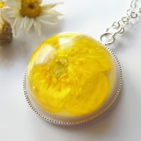 Real Buttercup Dainty Necklace - Nature Specimen - Real Flower Jewellery